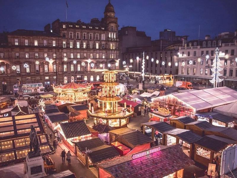 Christmas Market Shopper, Glasgow